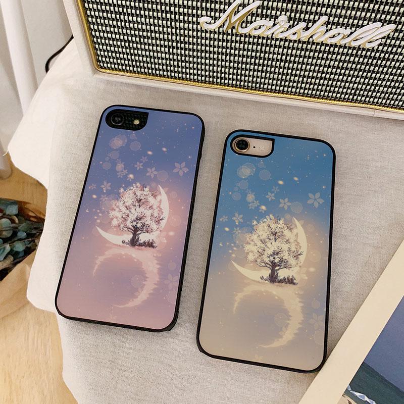 세상에서 벚꽃나무와달 스타일케이스